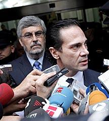 Enrique Molina.   Óscar Monzón