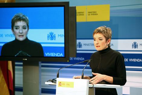 Romero, directora general de Arquitectura y Política de Vivienda, durante la rueda de prensa donde valoró la estadística ministerial.   M. de Viv.