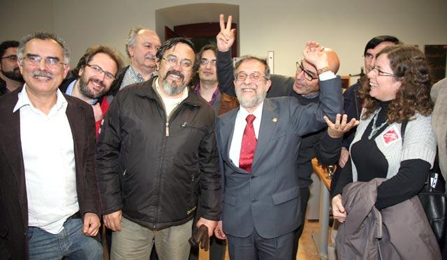 El catedrático de Derecho Mercantil de la Uva, Marcos Sacristán, elegido rector; en la imagen con su equipo.   Ical