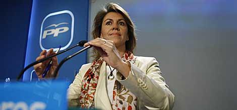 María Dolores de Cospedal, en su rueda de prensa. | Efe