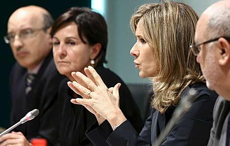 La ministra de Ciencia e Innovación, Cristina Garmendia, en un acto en Cantabria. | Efe