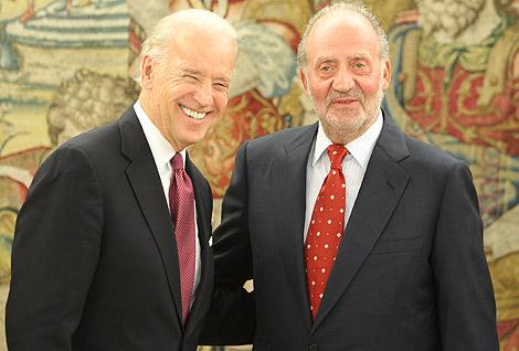 El Rey, ayer mismo, con el vicepresidente de EEUU, Joe Biden. | José Aymá