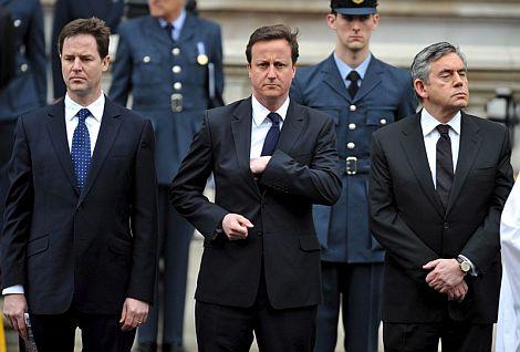 Clegg, Cameron y Brown conmemoran el final en Europa de la Segunda Guerra Mundial. | AP