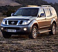 Nissan Pathfinder y Navara: asalto al cielo