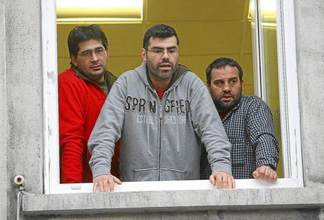 Los tres trabajadores de Viloria encerrados el pasado mes de febrero en Torre del Bierzo. | César Sánchez