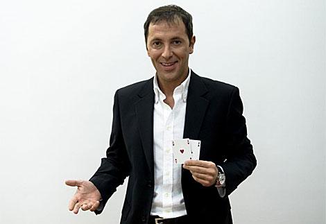 Paco González, durante su etapa como conductor de 'PokerStars' en Antena 3. (A3)