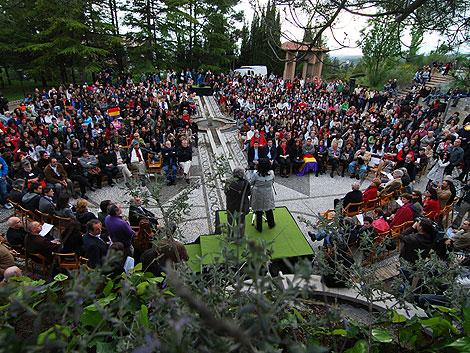 Un momento del homenaje celebrado en Granada a los fusilados. | Jesús G. Hinchado