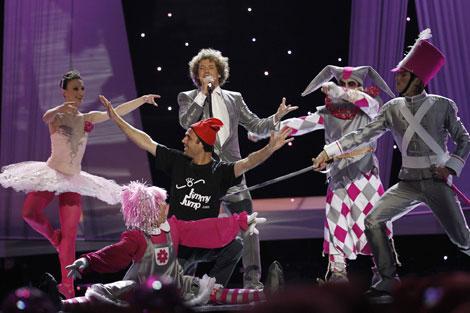 Jimmy Jump, durante su irrupción en el escenario de Eurovisión. | Afp