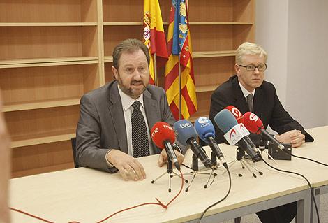 El fiscal jefe y el fiscal portavoz, en su comparecencia en mayo.   Juan Martí