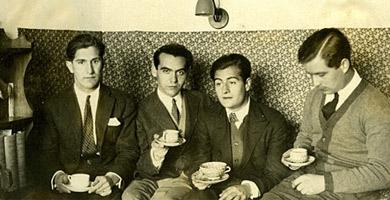 José Bello, Federico García Lorca, Juan Centeno y Louis Eaton-Daniel.