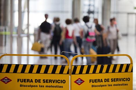 El Metro fuera de servicio en la T-4.   Roberto Cárdenas