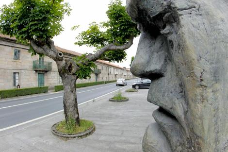 Fachada de la Fundación Camilo José Cela, en Iria Flavia (Padrón). | Efe