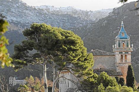 Vista del campanario de la Cartuja de Valldemossa | Pep Vicens