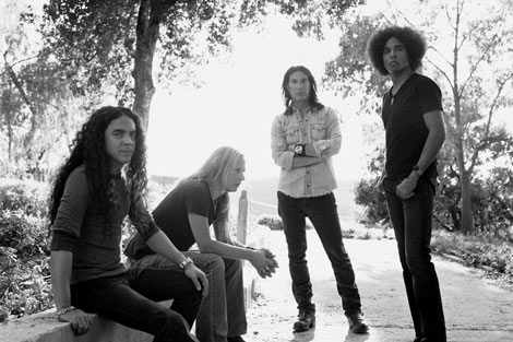 Mike Inez, Sean Kinney, Jerry Cantrell y el nuevo cantante de Alice in chains, William Duvall.