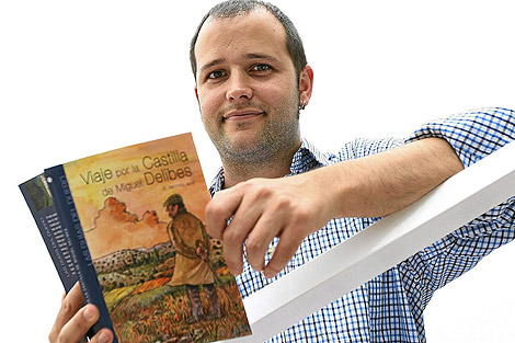 El escritor Fernando del Val.   J.M. Lostau
