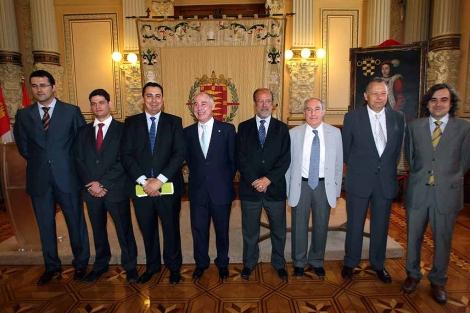 Los alcaldes de Valladolid y Palencia firman su adhesión a la iniciativa Smart City. | Ical