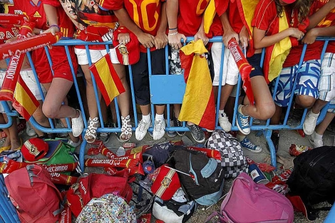 La primera fila del homenaje a la selección en madrid. | Alberto Di Lolli