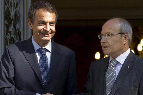 Zapatero y Montilla, en el Palacio de la Moncloa. | Efe