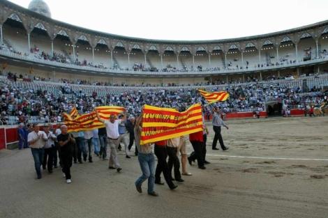 Marcha en defensa de la Fiesta, el domingo, en La Monumental. | Quique García