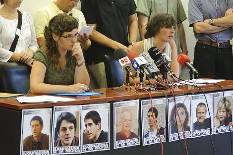 Atxarte Salvador y Ainhoa Baglietto en la rueda de prensa de Eskubideak en Bilbao. | Patxi Corral