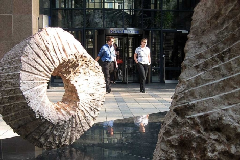 Entrada del Banco Central húngaro. | ELMUNDO.es