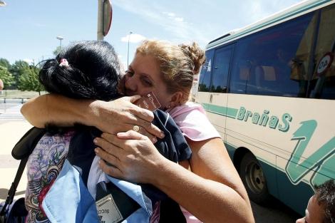 Llegada de varios ex presos cubanos a Madrid.   Efe