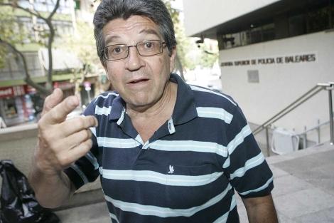 Eduardo Corvalán en la comisaría de Palma   Jordi Avellà