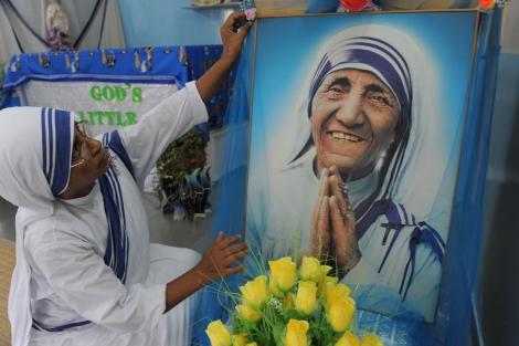 Las 'Misioneras de la Caridad' recuerdan a la Madre Teresa. | AFP