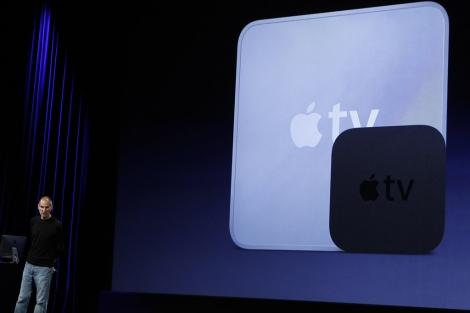 Steve Jobs presenta la nueva Apple TV en San Francisco. | Reuters