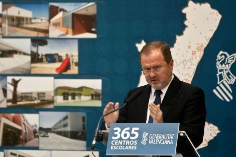 El conseller Font de Mora en el acto de presentación de 365 nuevos colegios | B. Pajares