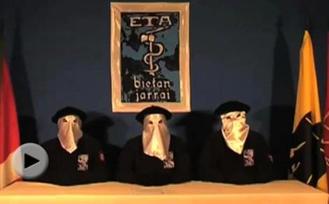 Imagen del vídeo emitido por la banda.