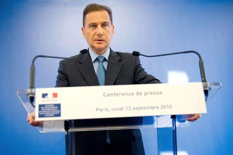 El ministro francés de Inmigración, Eric Besson, en París. | Afp