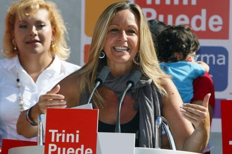 Trinidad Jiménez, durante un acto en Lavapiés (Madrid).   Efe