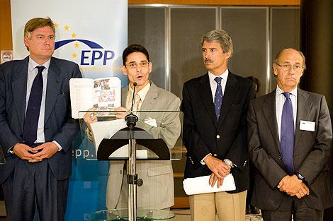 A. López-Istúriz; Normando Hernández; I. Salafranca y Teófilo de Luis.   PPE