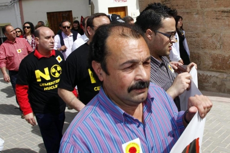 Vecinos de Zarra durante una de las manifestaciones contra el ATC   Vicent Bosch