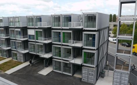 El barrio de 100 apartamentos-contenedor para estudiantes. | Elmundo.es