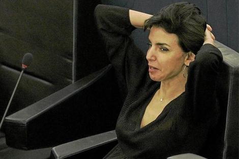 Rachida Dati, en su escaño del Parlamento Europeo.   AP
