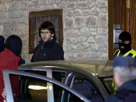 Uno de los detenidos en la operación contra 'Askapena'. | Efe