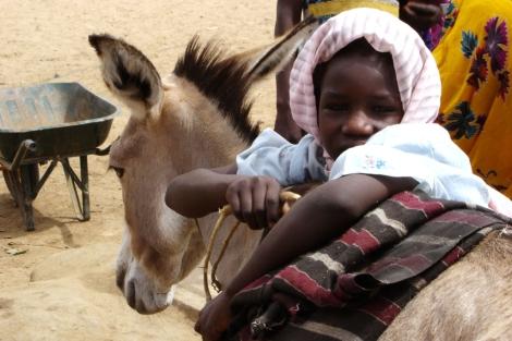 Niña en campo de desplazados en Sudán. | Francisco Magallón