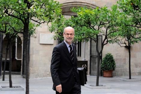 El conseller Castells recurre a una respuesta imaginativa por la falta de liquidez | S. Cogolludo