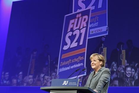 Angela Merkel durante su intervención en el Congreso con los jóvenes de CDU. | Reuters