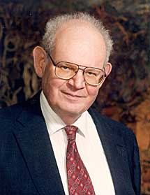 Benoit Mandelbrot.