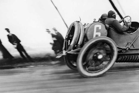 'Automòbil Delage'. Fotografía de Lartigue durante el Gran Premio de la ACF en junio de 1912.