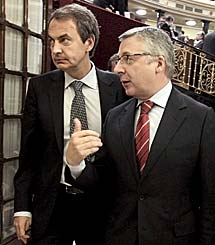 Blanco, con Zapatero. | Efe