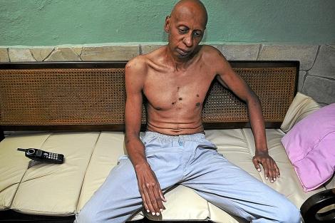 Guillermo Fariñas, en su casa de Santa Clara, el pasado mes de mayo.   Efe