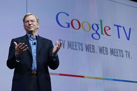 El presidente de Google, Eric Schmidt, durante la presentación de Google TV. | Ap