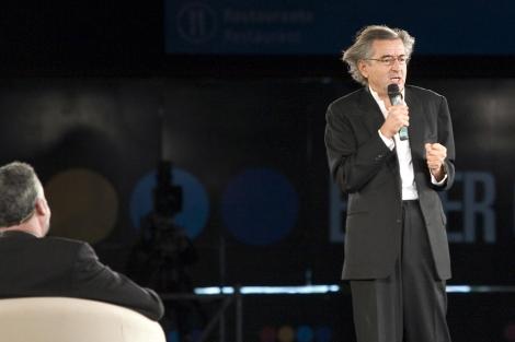 Bernard-Henri Lévy durante su ponencia. | J. Domínguez