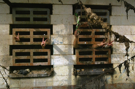 Presos en la cárcel de Abu Ghraib.