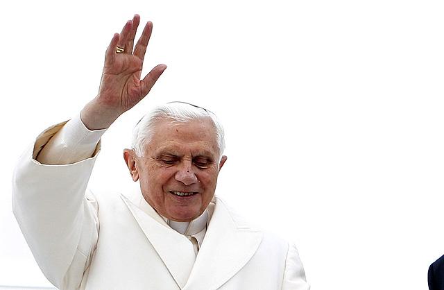 El Papa, en el avión que le trajo a España. | Vicenzo Pinto