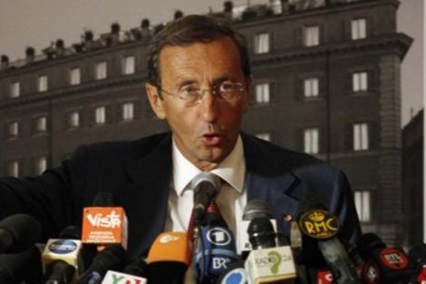 Gianfranco Fini, en una rueda de prensa en Roma. | Reuters